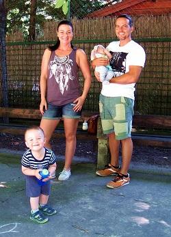 Spiegel Ákos és családja